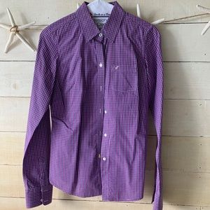 American Eagle fitted bottom down shirt